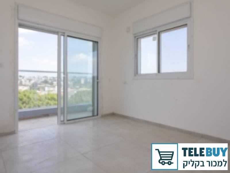 דירות להשכרה דירה   בחיפה