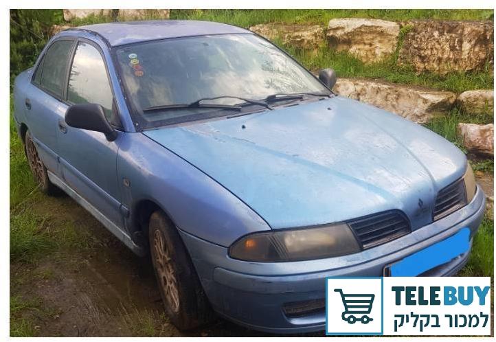 רכב פרטי מיצובישי כריזמה  בעמק יזרעאל