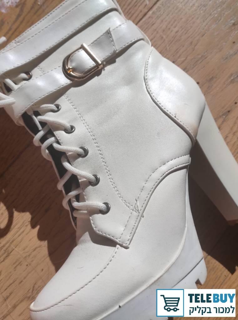 תמונה של נעליים נעלי עקב בתל אביב-יפו