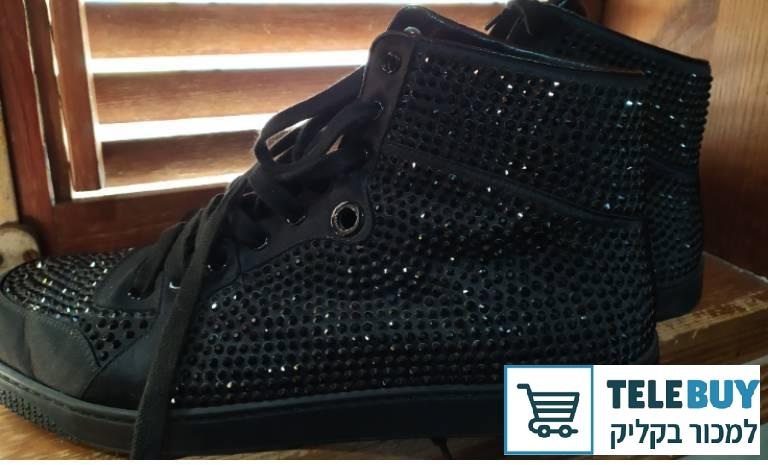 תמונה של נעליים נעלי ספורט בתל אביב-יפו