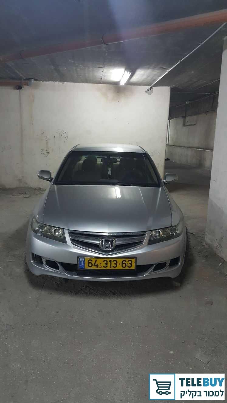 רכב פרטי הונדה אקורד בירושלים