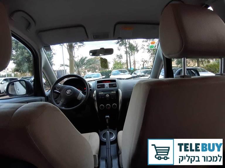 רכב פרטי סוזוקי SX4 בראשון לציון