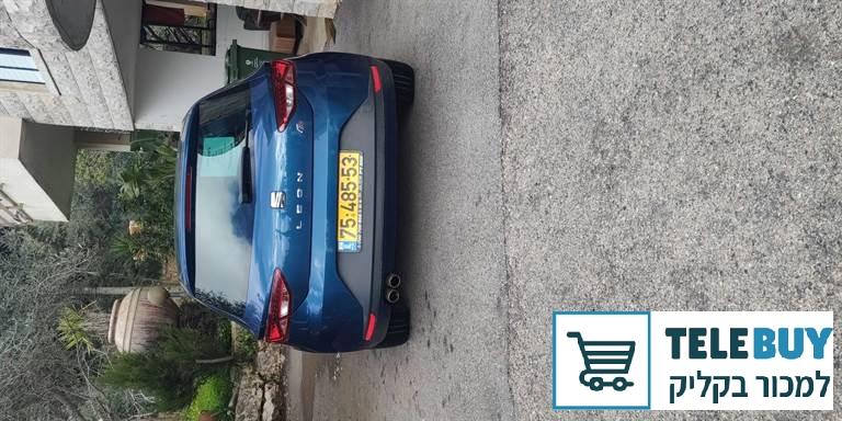רכב פרטי סיאט לאון בחיפה